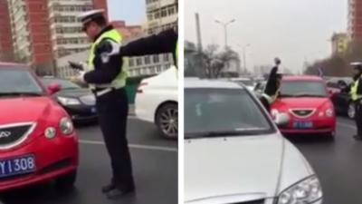 Un automobiliste se croit dans GTA et force un barrage de police