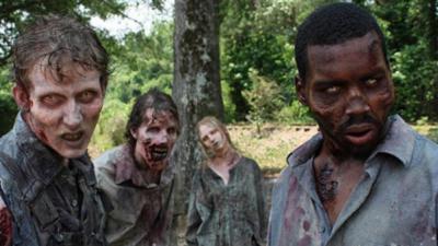 Un fan de The Walking Dead tue son son ami en pensant qu'il se transformait en zombie
