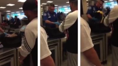 Ses amis cachent un objet insolite dans sa valise pour son premier passage à l'aéroport