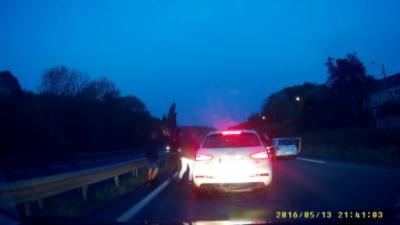 4 personnes s'acharnent sur une Audi après un Road Rage en région parisienne