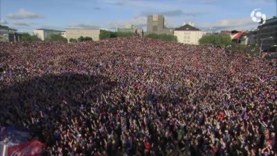 Le claping hallucinant des supporters islandais
