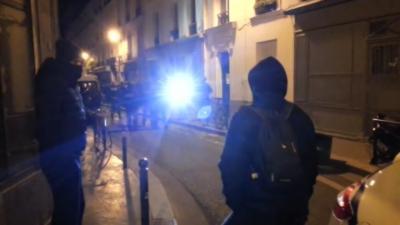 Un policier en civil vole le téléphone d'une riveraine sans aucun droit ni aucune raison à Paris