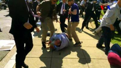 Les gardes du corps du président turc tabassent des manifestants aux États-Unis