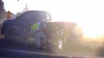 Un road rage qui se termine vraiment mal pour l'un des deux automobilistes