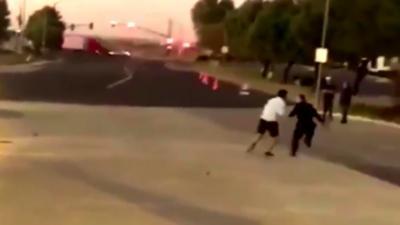 Un policier se fait courser par un homme qu'il vient pourtant de taser