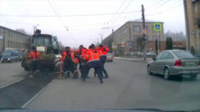 Une embrouille entre employés de la voirie dégénère en bagarre
