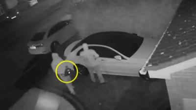 Ils volent une Mercedes sans les clés grâce à des répéteurs radio en à peine 1 minute