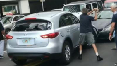 Un homme percute 6 voitures et tente de prendre la fuite