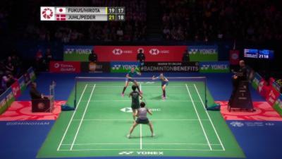 102 échanges pendant un match de Badminton féminin