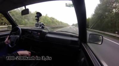 Une Golf Mk2 de 1150 ch avec une accélération de malade qui fait le 0 à 100 km/h en 2,6 secondes