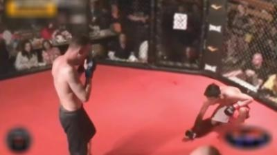 Un combattant MMA gagne mais abandonne pour ne pas blesser son adversaire