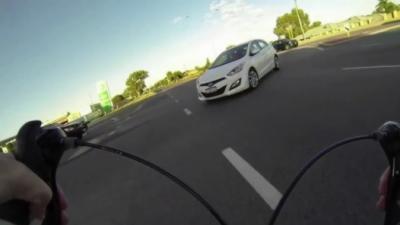 Voilà pourquoi il faut absolument avoir une caméra quand on est cycliste