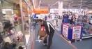 Il a 150 secondes pour prendre ce qu'il veut dans un magasin