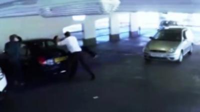 Un tout petit accrochage entre deux automobilistes qui finit par un KO