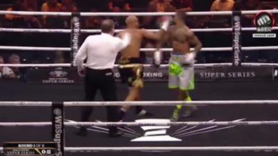 Un boxeur met ko son adversaire avec le coup le plus honteux au monde