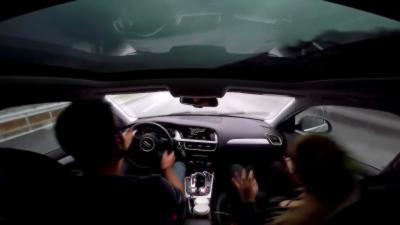 Il perd le contrôle de son Audi A4 sous la pluie à 140 km/h