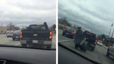 Il poursuit un automobiliste qui vient de lui voler sa poubelle devant chez lui