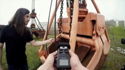 Créer une musique de dingue dans une zone industriel abandonnée