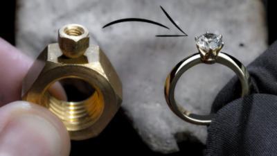 Il transforme deux écrous en une magnifique bague avec un diamant