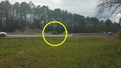 Un automobiliste se crash juste devant le cortège présidentiel