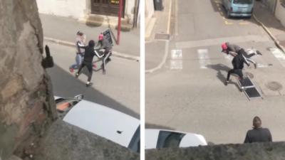 Un homme se bat contre deux voleurs armés après qu'ils aient tiré sur son chien