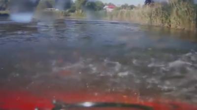 Un automobiliste finit dans l'eau car son garagiste a oublié de remplacer ses freins