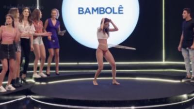Une compétition brésilienne de Hula Hoop pas comme les autres