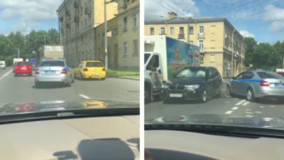 Une course-poursuite qui ne dure pas bien longtemps pour des policiers russes