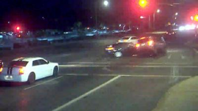 Un accident de voitures sauve la vie d'une famille