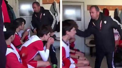 Un entraîneur gifle tous ses joueurs à la mi-temps parce qu'ils font un mauvais match