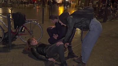 Elle lâche un pet de fouf en plein milieu des rues de Rennes