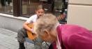 Un guitariste de rue vraiment fantastique