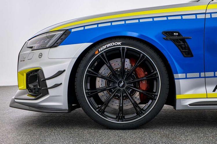 La policía alemana recibe un Audi RS4-R ABT de 530 caballos de fuerza