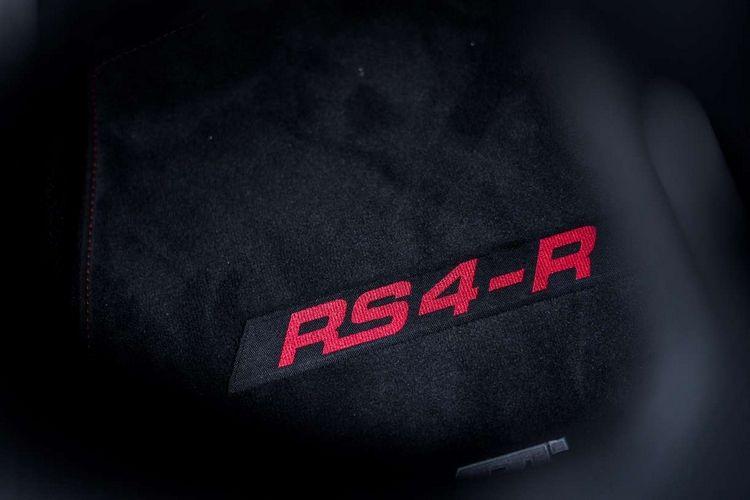 La police allemande reçoit une Audi RS4-R ABT de 530 chevaux
